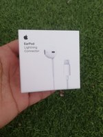 Used Earpods Lightning Connector in Dubai, UAE