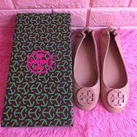 Used Tory Burch flat shoes in Dubai, UAE