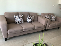 Used Sofa set 3+2 in Dubai, UAE