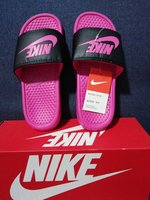 Used Size 37 Nike slipper in Dubai, UAE