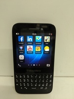 Used Blackberry Q5 SQR100-2 in Dubai, UAE