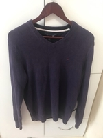 Used ORIGINAL TOMMY HILFIGER SWEATER..SizeM-L in Dubai, UAE