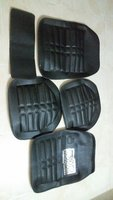 Used Car Floor Mats Set (5pcs) in Dubai, UAE