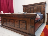 Used Bet set (solid wooden bed set) in Dubai, UAE
