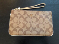 Used Brand New Coach signature large wristlet in Dubai, UAE