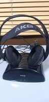 Used AKG K912 wireless headphones in Dubai, UAE