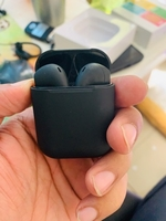 Used Airpods 2 with high bass black color  in Dubai, UAE