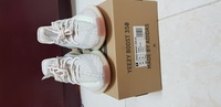Used Yeezy citrin 10us BNDS in Dubai, UAE