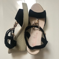 Used Women sandals size 37/ صندل نسائي in Dubai, UAE