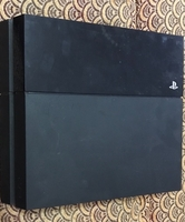 Used Ps4 for parts not working  in Dubai, UAE