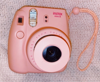 Used Fujifilm Instax mini 8 camera -Pink in Dubai, UAE