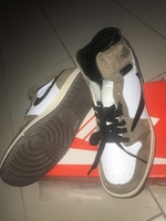 Used Nike jordan white & brown 44 size  in Dubai, UAE