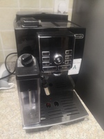 Used De longhi coffee machine in Dubai, UAE
