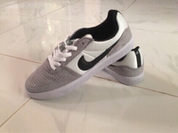 Used Authentic Nike SB sneakers size 42, new in Dubai, UAE