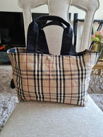 Used ORIGINAL BURBERRY TOTE BAG (BIG SIZE) in Dubai, UAE