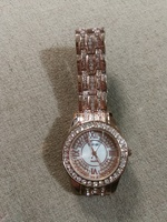 Used New golden watch with diamond designs in Dubai, UAE