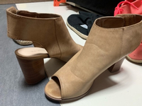Used Open Heel Bootie Heels (very comfy) US7 in Dubai, UAE