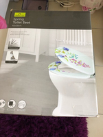 Used Spring FLORAL toilet seat  in Dubai, UAE