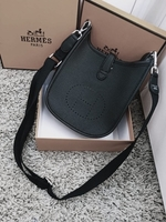 Used HERMES LADIES BAG YY in Dubai, UAE