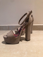 Used Madden girl high heels used  in Dubai, UAE