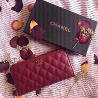 Used Channel wallet 👛 first class copy (new) in Dubai, UAE