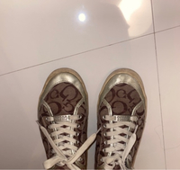 Used Guess shoes in Dubai, UAE