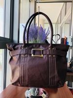 Used Avon tote in Dubai, UAE