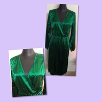 Used Emerald Green Plated Dress/ Large  in Dubai, UAE