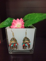 Used Beautiful earrings 😍 in Dubai, UAE
