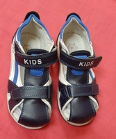 Used Kids shoes (28) + free toy as gift ! in Dubai, UAE