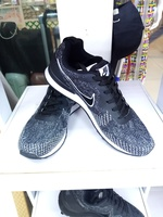 Used Nike for her at size 40 in Dubai, UAE