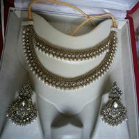 Used Pearl Set in Dubai, UAE