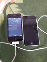 Used Iphone 4s and iphone 5c in Dubai, UAE