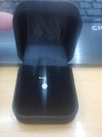 Used 18k white gold  pendant in Dubai, UAE