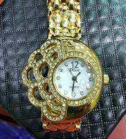 "DIOR ""Floral Design"" LADIES WATCH/WRIST FASHION"