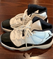 Used Jordan's Basketball Shoes unisex in Dubai, UAE