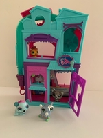Used Littlest Pet Shop House  in Dubai, UAE