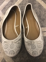 Used White flats size 37 in Dubai, UAE