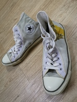 Used Chuck Taylor (2 PAIRS) in Dubai, UAE
