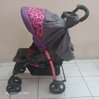 Used Baby stroller from juniors in Dubai, UAE
