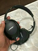 Used Boss orignal headset in Dubai, UAE