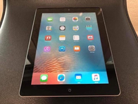 Used Ipad2 16gb wifi 3pcs apple orginal 100% in Dubai, UAE