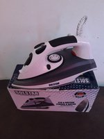 Used Solstar steam iron iron (new in Dubai, UAE