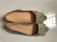 Used Women's flats / فلات نسائي in Dubai, UAE