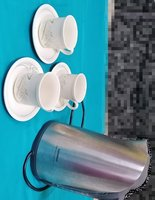Used Siemens kettle and tea cups and saucers in Dubai, UAE
