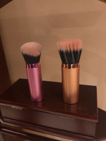Used Retractable make up brushes  in Dubai, UAE