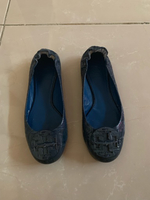 Used Toryburch size 5 in Dubai, UAE