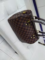 Used Lv womens bag in Dubai, UAE