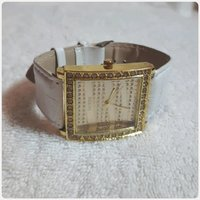 Used Fabulous Guess watch for women in Dubai, UAE