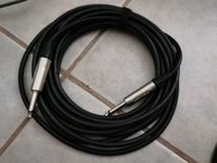 Used Guitar Cable in Dubai, UAE